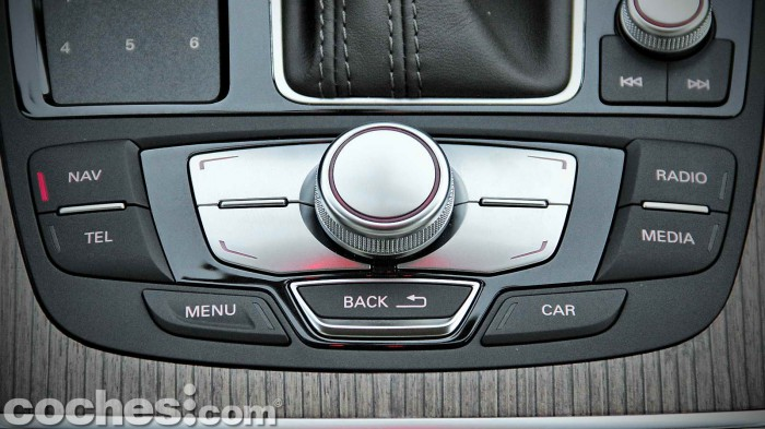 Audi_A6_2.0TDI_ultra_Stronic_078