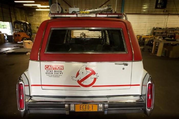 Cadillac Fleetwood Ecto-1 1980 03