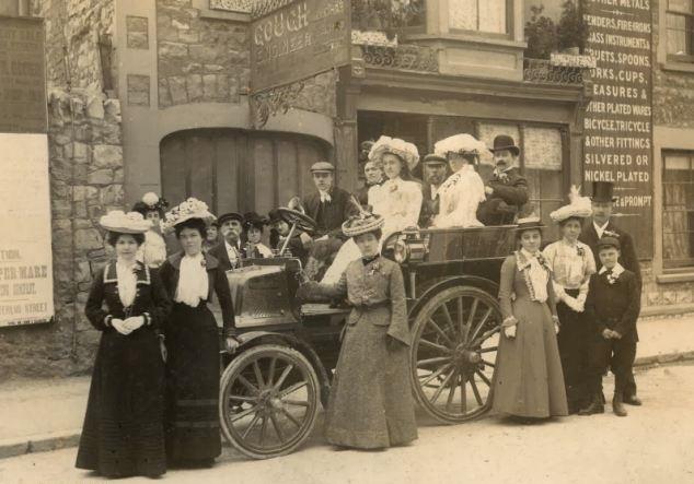 Daimler Wagonette 1897 01