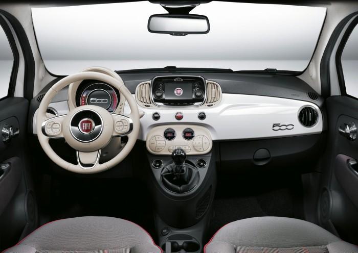 Fiat 500 2015 interior  05