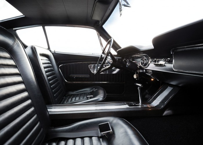 Ford Mustang Shorty 1964 interior 02