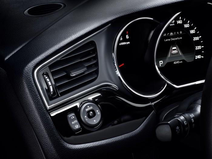 Kia ceed 2015 interior 01