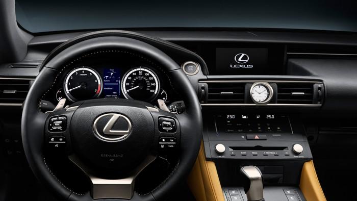 Lexus RC 300h 2015 interior 01