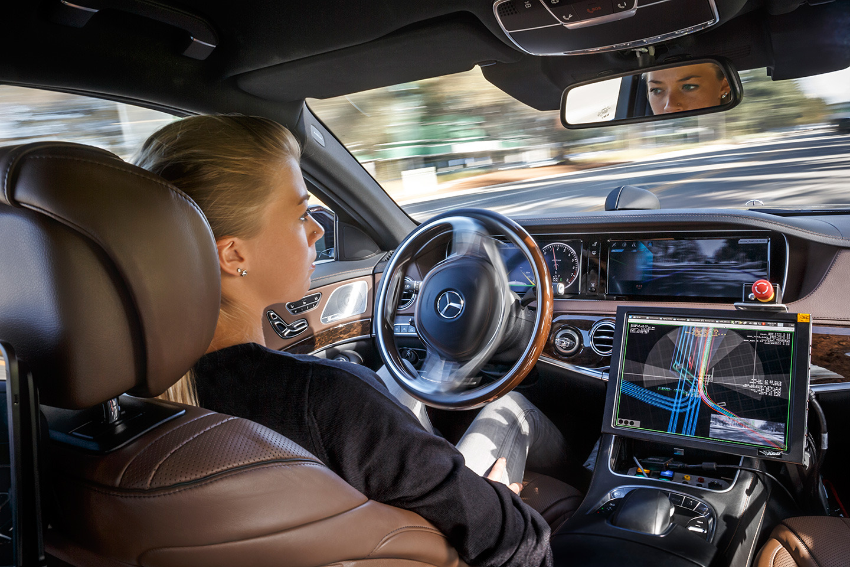 Mercedes Clase E 2016 tecnologia 02