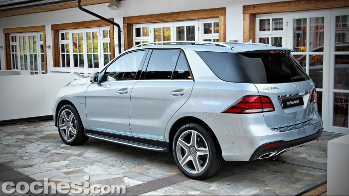 Mercedes_Benz_GLE_019
