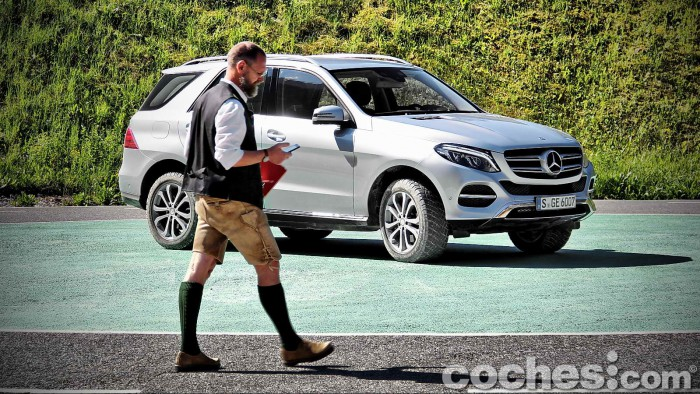 Mercedes_Benz_GLE_035