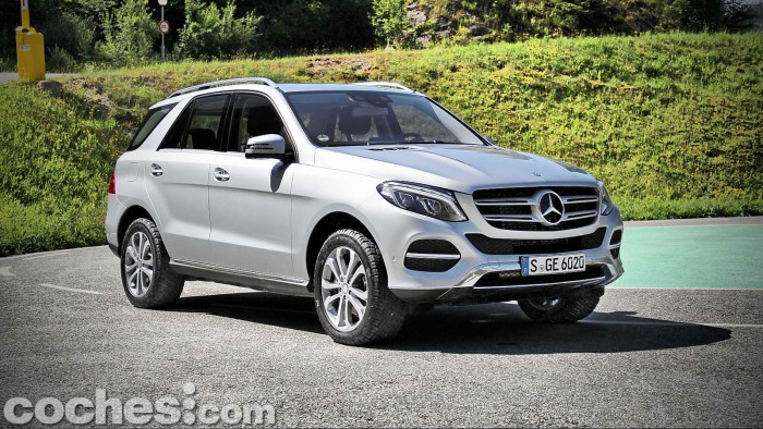 Mercedes_Benz_GLE_043