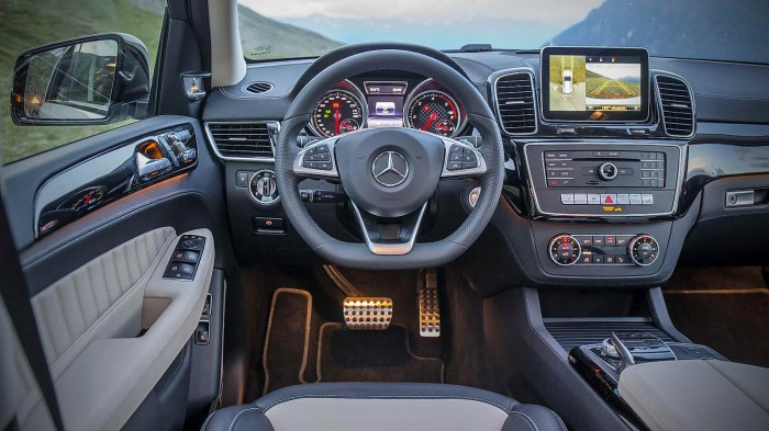 Mercedes_Benz_GLE_053
