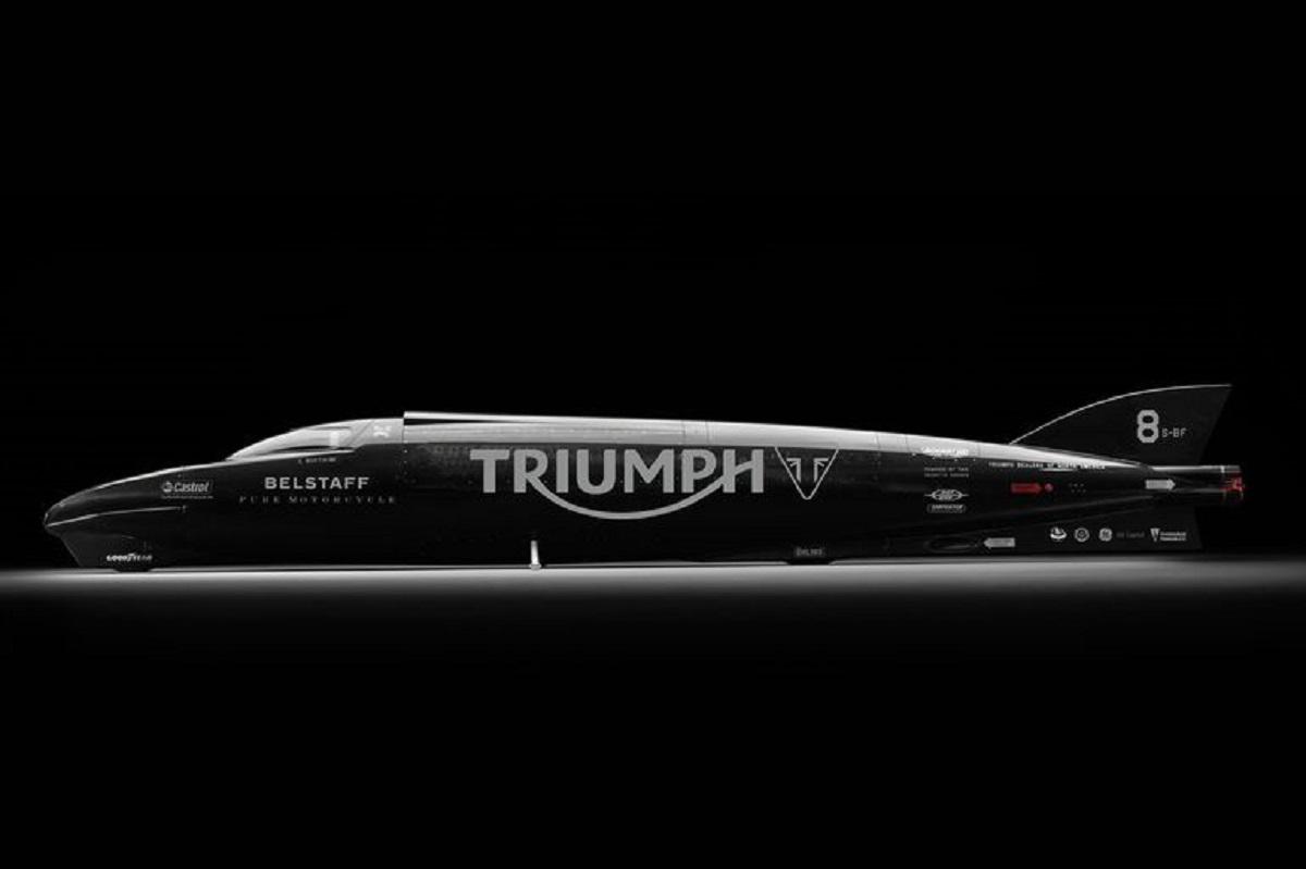 Triumph Rocket III Streamliner 2015 01