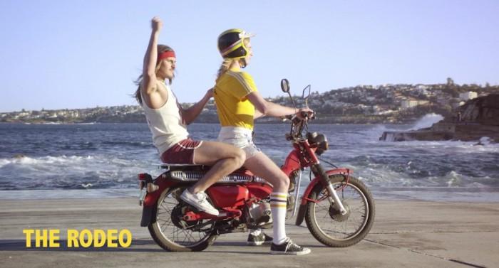broma asiento trasero moto