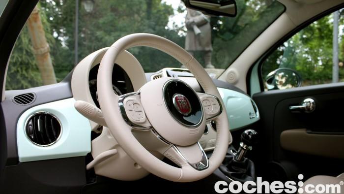 prueba Fiat 500 2015 interior 10