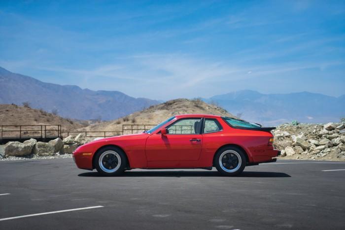 Porsche 944 Turbo 1986 17