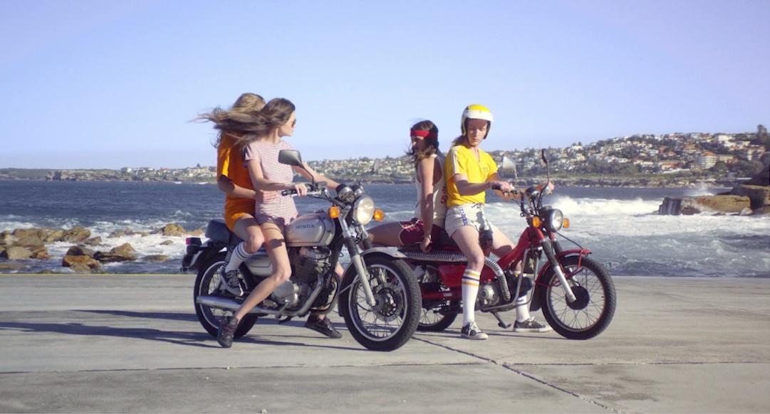 video asiento trasero moto