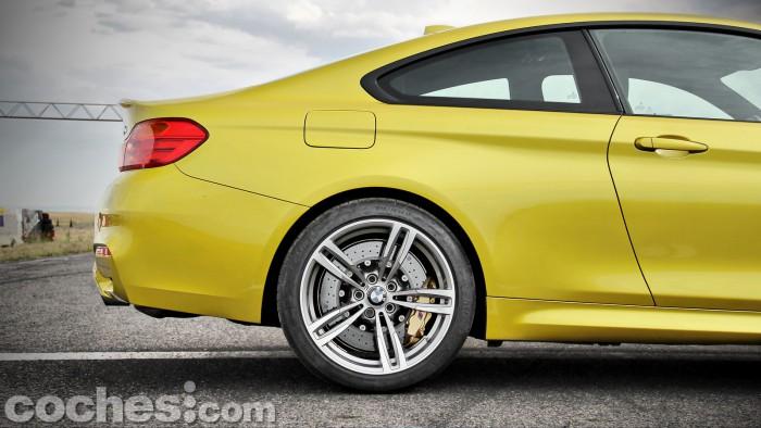 BMW_M4_Coupé_015