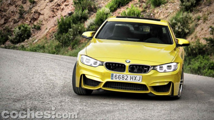 BMW_M4_Coupé_032