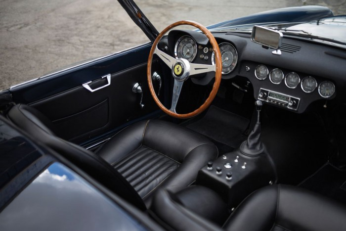Ferrari 250 GT LWB California Spider 1959 interior 01