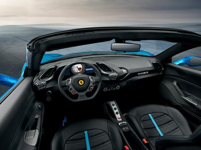 Ferrari 488 Spider 2016 interior 01
