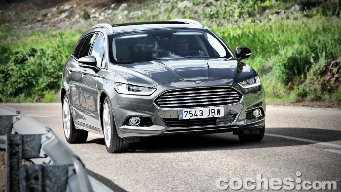 Ford_Mondeo_Sportbreak_2.0TDCI_029