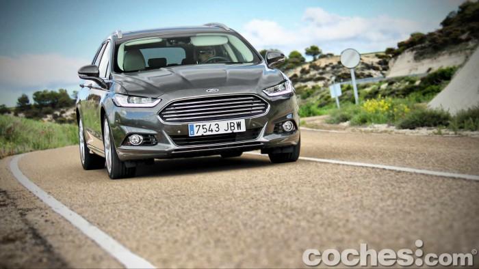 Ford_Mondeo_Sportbreak_2.0TDCI_046