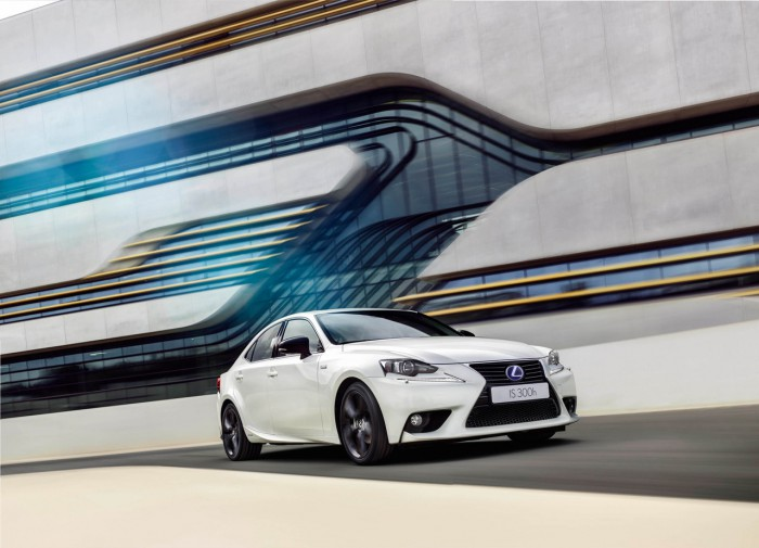 Lexus IS 300h Sport Edition 2015 02