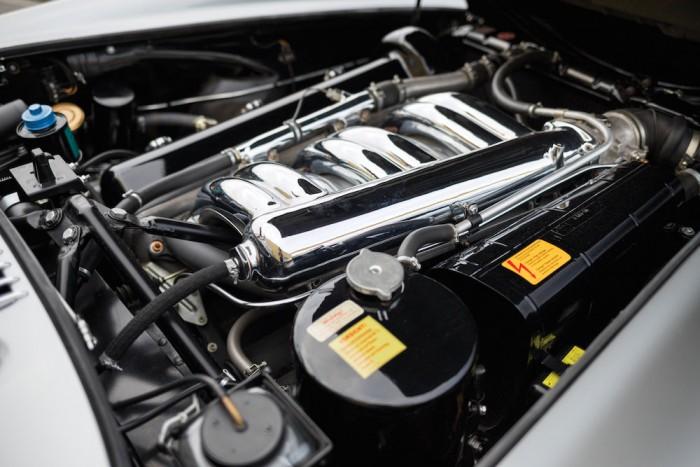 Mercedes-Benz 300 SL Alloy Gullwing motor