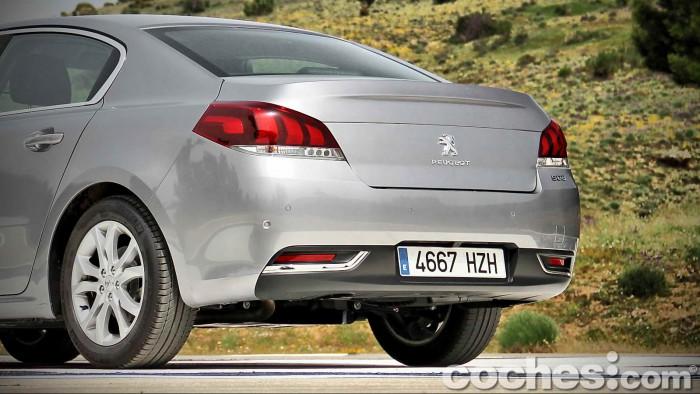 Peugeot_508_BlueHDi_022