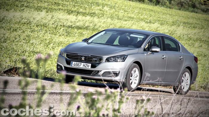 Peugeot_508_BlueHDi_076