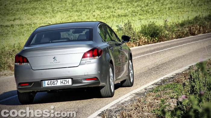 Peugeot_508_BlueHDi_078