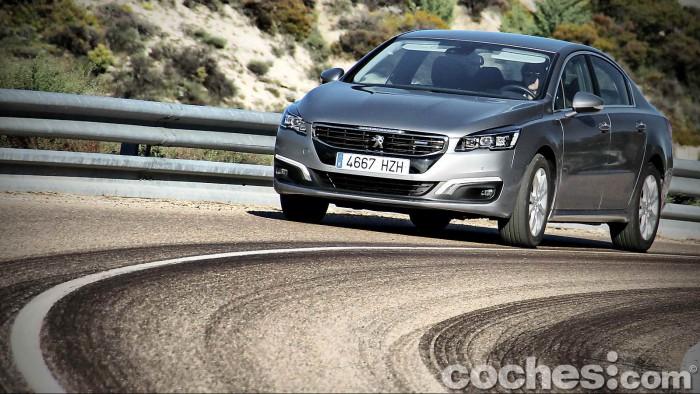 Peugeot_508_BlueHDi_081