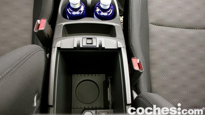 Prueba Nissan Qashqai DIG-T 163 CV 2015 interior 05