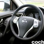 Prueba Nissan Qashqai DIG-T 163 CV 2015 interior 07