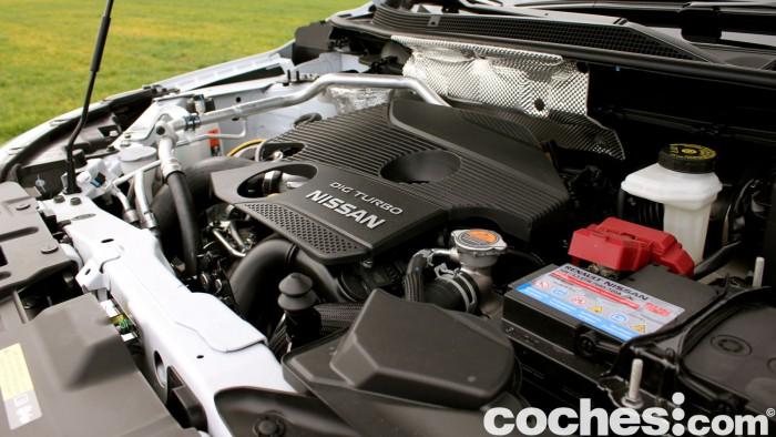 Prueba Nissan Qashqai DIG-T 163 CV 2015 motor 02