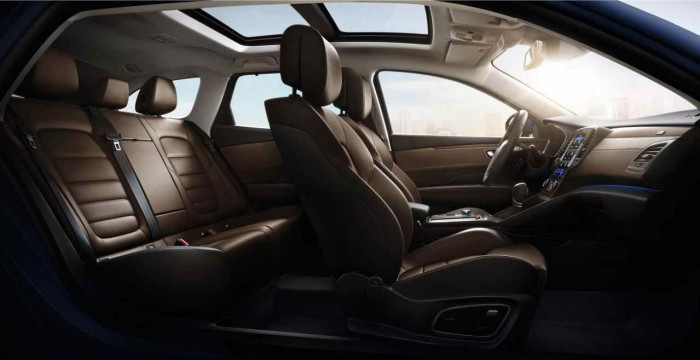 Renault Talisman Sport Tourer 2016 interior 5
