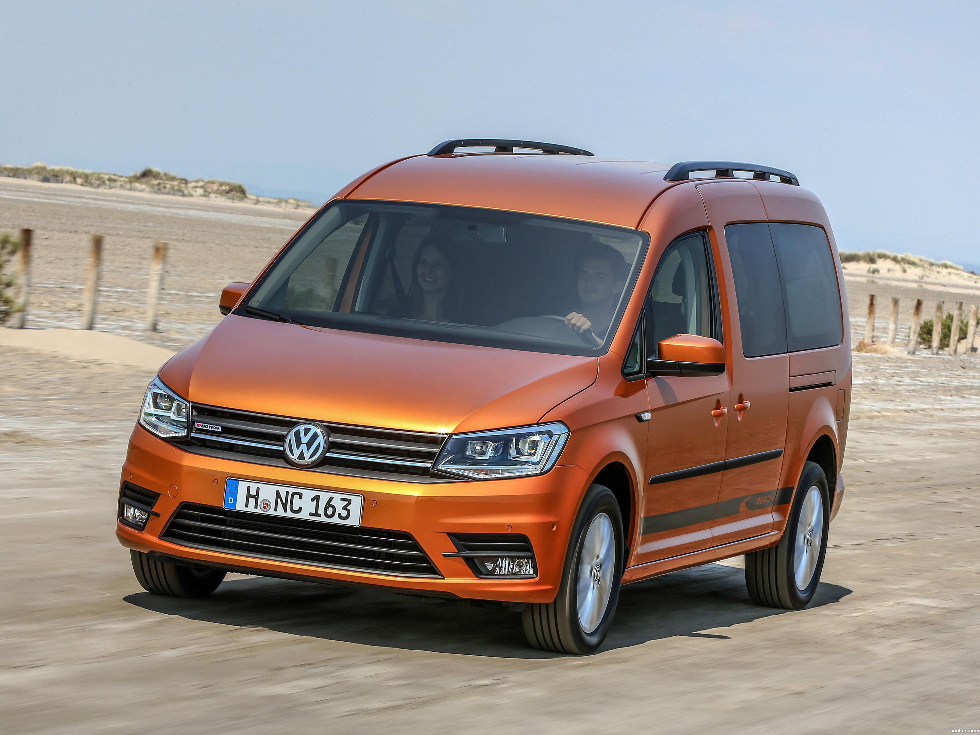 fotos de volkswagen caddy maxi beach 4motion 2015. Black Bedroom Furniture Sets. Home Design Ideas
