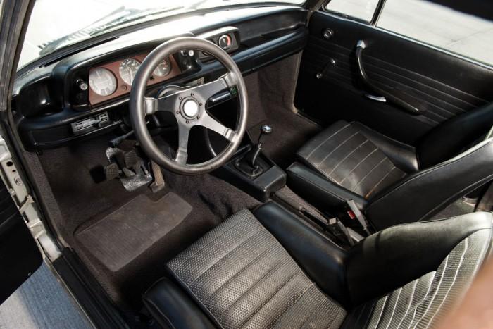 BMW 2002 Turbo 1974 interior 01