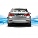 BMW 330e 2016  02