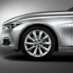 BMW 330e 2016  05