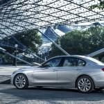 BMW 330e 2016  08