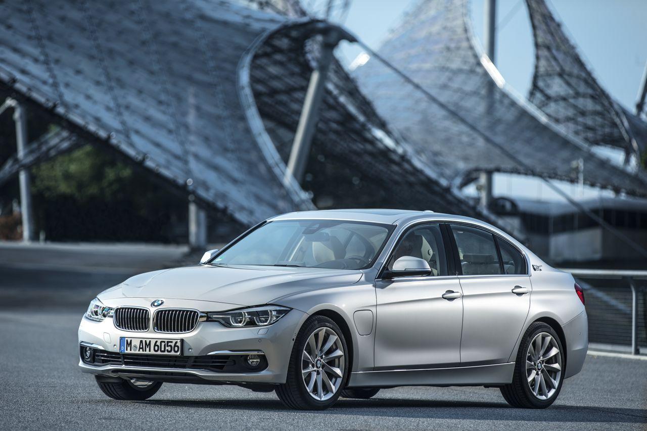 BMW 330e 2016  10