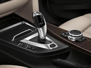BMW 330e 2016 interior 1
