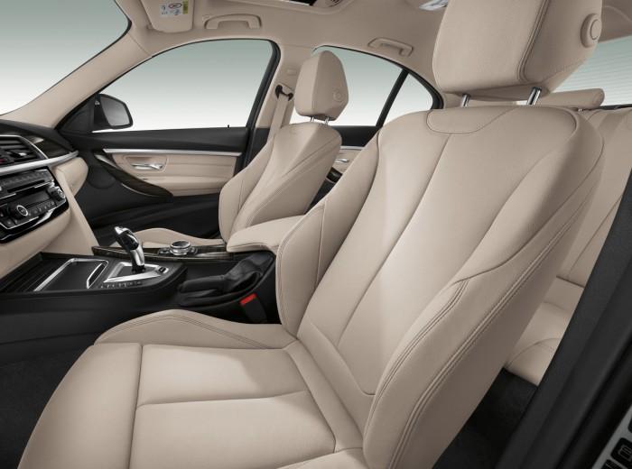 BMW 330e 2016 interior 4