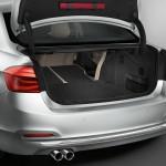 BMW 330e 2016 maletero   2