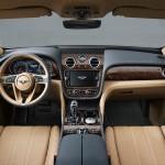Bentley Bentayga 2016 interior 01