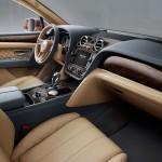 Bentley Bentayga 2016 interior 05