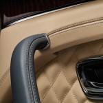 Bentley Bentayga 2016 interior 07