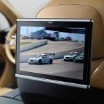 Bentley Bentayga 2016 interior 09