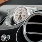Bentley Bentayga 2016 interior 11