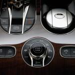 Bentley Bentayga 2016 interior 12