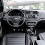 Hyundai i20 Active 2016 interior 01