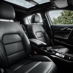 Infiniti Q30 2016 interior 2